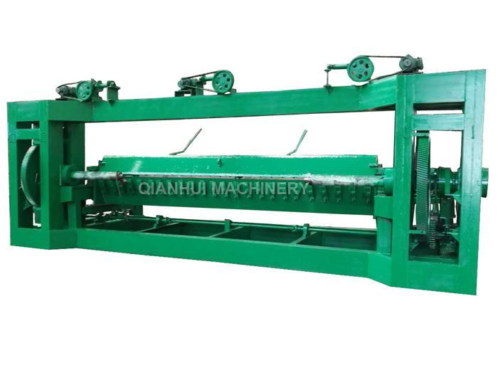 Spindle Veneer Rotary Peeling Lathe 3300m Length x φ2200mm For Face Veneer 0.2-2.6mm