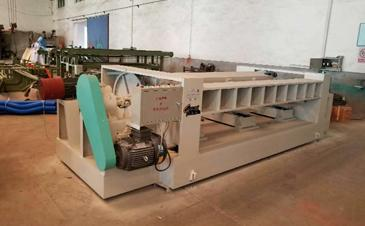 Complete 8ft Veneer Peeling Line Machines Shipped to Tanzania African